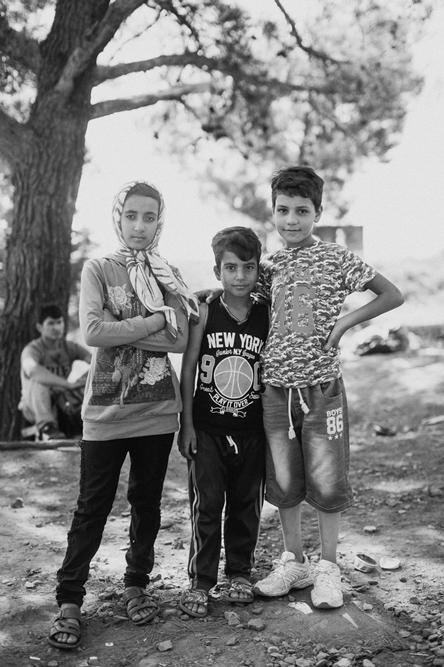 http://photography.cleverdeer.com/files/gimgs/21_refugee-152_v2.jpg